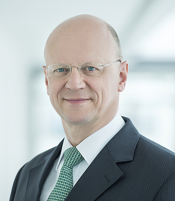 [Translate to English:] Dr. Ralf P. Thomas, Siemens AG